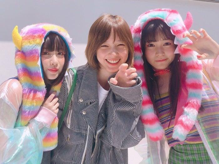 (左から)吉田凜音、本田翼、久間田琳加(C)2018 SAIGATE Inc.