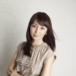 矢田亜希子、豊川悦司と26年ぶり共演 「愛していると言ってくれ」の兄妹から恋人同士へ