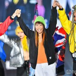 来日中のコシノミチコが登場!藤田ニコルらと世界レベルのファッションショー展開<関コレ2017A/W>