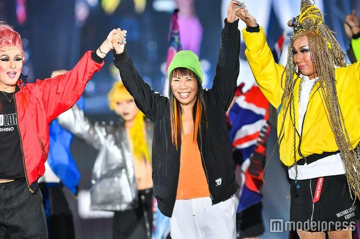 来日中のコシノミチコが登場!藤田ニコルらと世界レベルのファッションショー展開<関コレ2017A/W> (C)モデルプレス