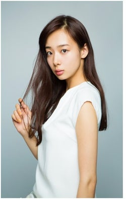 中国とのハーフモデル・岡田紗佳 好物は「鳩」と明かし、共演者もびっくり