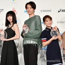 池田エライザ、杉野遥亮、E-girls・YURINOら「スニーカーベストドレッサー賞」受賞で集結