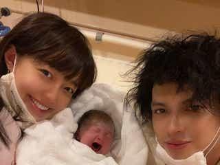 川崎希、第2子出産 夫・アレクサンダーと3ショットで報告「宝が倍に増えてとても幸せ」