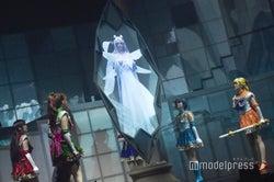 白石麻衣が特別映像で出演(C)モデルプレス