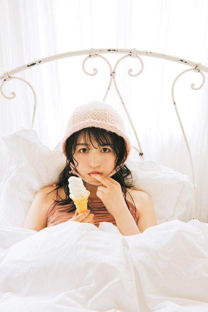 長濱ねる(赤ちゃんねるちゃん)/雑誌「bis」9月号(写真提供:光文社)