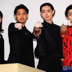 (左から)小松菜奈、柳楽優弥、菅田将暉、村上虹郎(C)モデルプレス