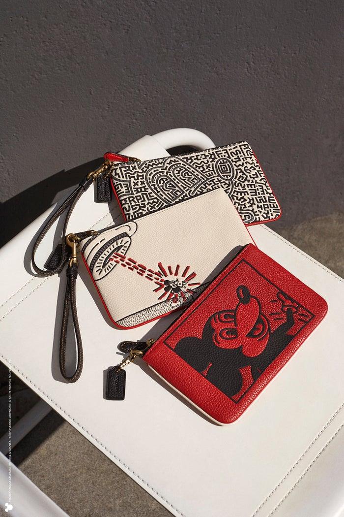 TM &(c)Disney.(c)Keith Haring Foundation