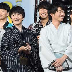(左から)沢村一樹、児嶋一哉、林遣都、眞島秀和、田中圭、内田理央(C)モデルプレス