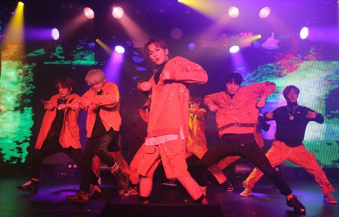NCT 127(左から)ジェヒョン、テヨン、マーク、ジョニー、ユウタ(提供写真)