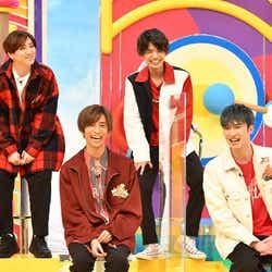 SixTONES(左上から時計回りに)京本大河、高地優吾、ジェシー、田中樹 (C)TBS