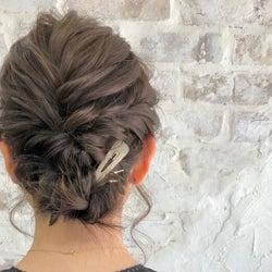 短い髪でもきれいにまとまる!簡単&おしゃれなまとめ髪アレンジ