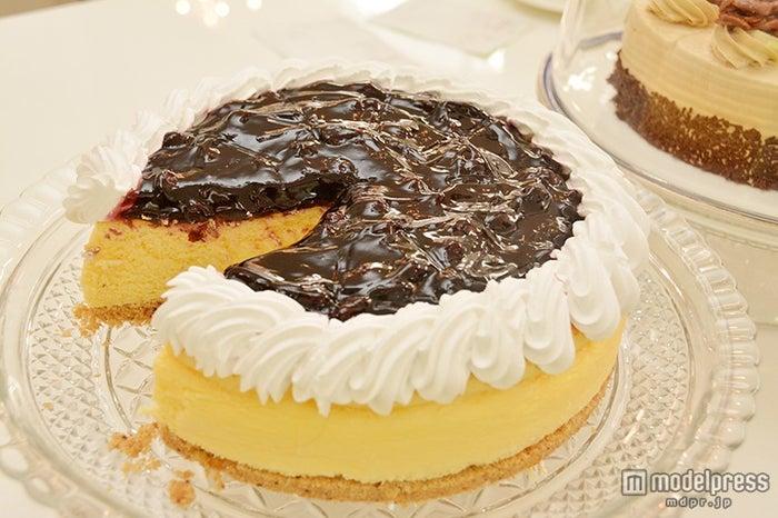 ホイップクリームたっぷりのケーキ