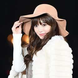 モデルプレス - 乃木坂46白石麻衣の圧巻の美貌に女子熱狂 上品秋スタイルで魅了<TGC2015A/W>