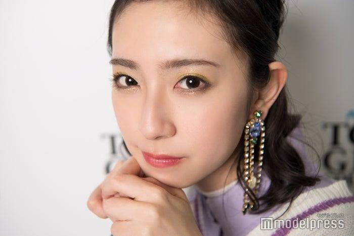 モデルプレスのインタビューに応じた、日向坂46の金村美玖(C)モデルプレス