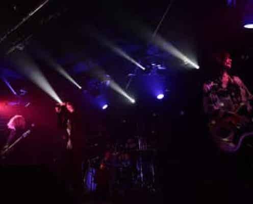 Eins:Vier、『Side Stories』ツアー最終公演のレポートが到着