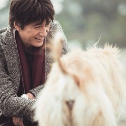 草刈正雄の初写真集が最高にダンディかつ可愛いと話題 ネット上の反応「いいぞ…」「母の日のプレゼントにする」
