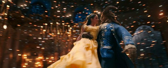 ディズニー実写版『美女と野獣』より(C)2017 Disney Enterprises, Inc. All Rights Reserved.