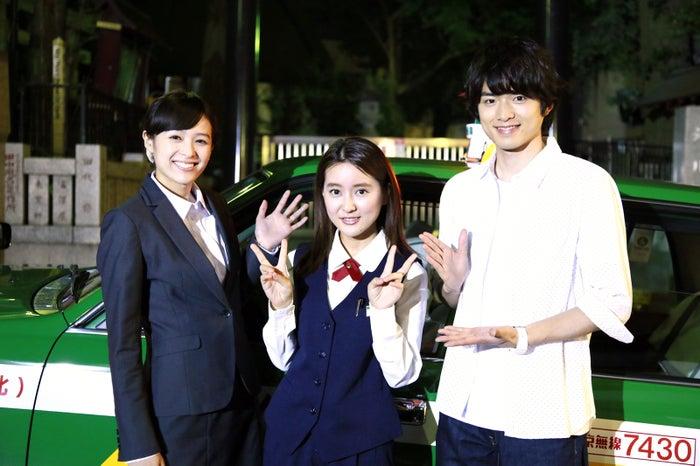 (左から)清野菜名、生田佳那、白洲迅