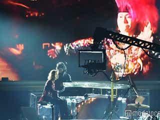 X JAPAN、18年ぶり紅白で名曲&新曲を熱唱 激しいパフォーマンスを展開<紅白本番>