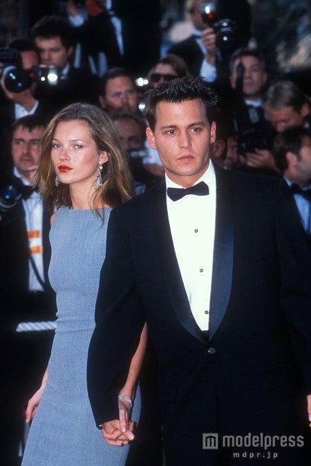 かつて恋人同士だった頃のケイト・モスとジョニー・デップ。Globe Photos / Zeta Image
