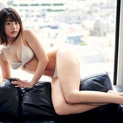 石田桃香、たわわバスト&抜群プロポーションに釘付け