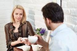 女子がしがちな「男性をイラッとさせる」会話はこれ!