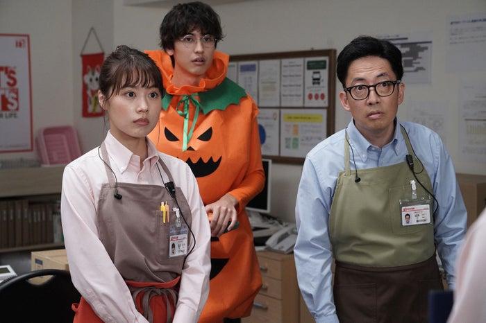 (左から)有村架純、井阪郁巳、スミマサノリ(C)カンテレ