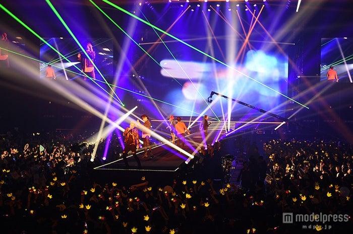 BIGBANGの迫力ステージ