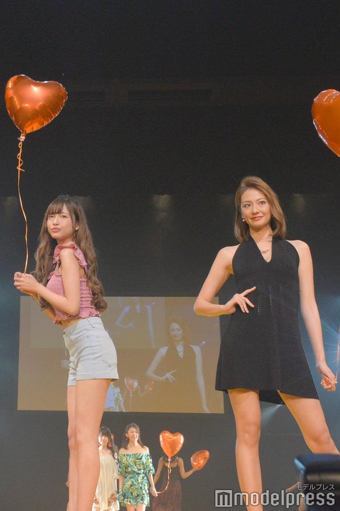 前川彩花さん(左)(C)モデルプレス