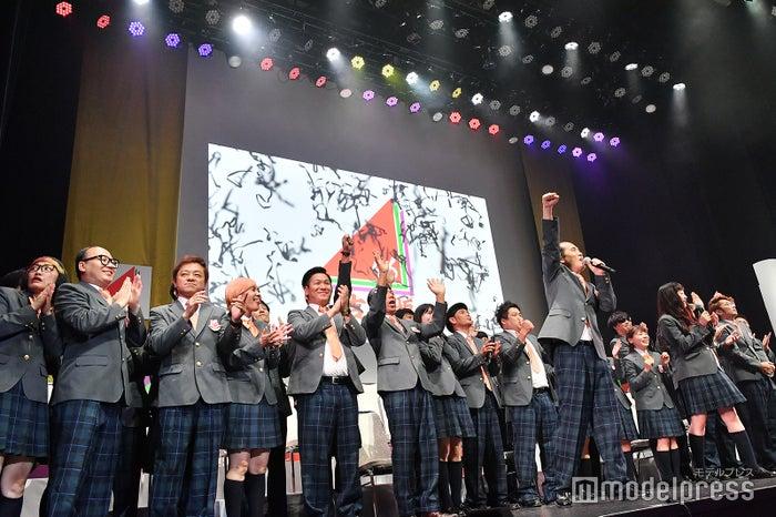 吉本坂46合格発表の様子 (C)モデルプレス