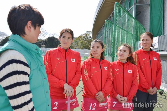 (左から)内藤夏紀選手、永井友理選手、永井葉月選手、景山恵選手(C)モデルプレス