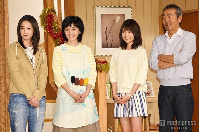 左から:沢尻エリカ、南果歩、有村架純、寺尾聰