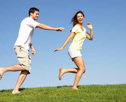 ずっと愛される!好きな人に【追われる恋】ができる女性の特徴3つ