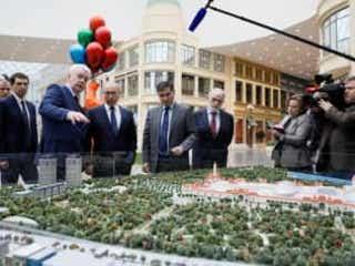 「ロシア版ディズニーランド」29日開園、プーチン大統領が視察