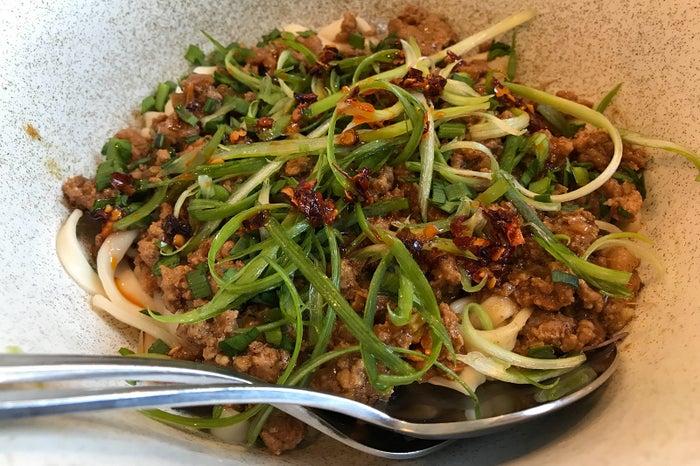 ジャージャー麺/1,275円(税込)/画像提供:東急電鉄