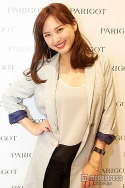 モデル尾形沙耶香、第1子出産を報告 木村カエラら祝福