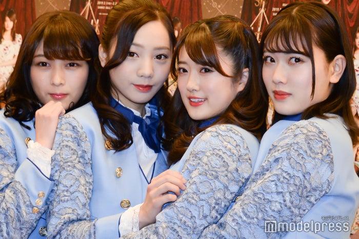 (左から)鈴木絢音、能條愛未、樋口日奈、伊藤純奈(C)モデルプレス