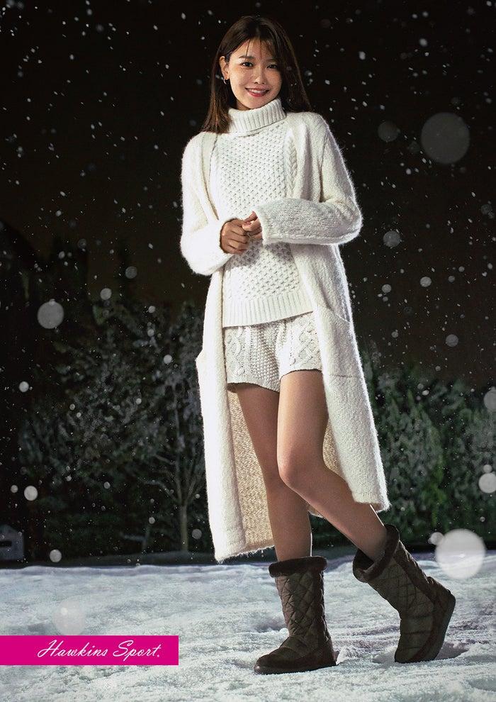 少女時代スヨン、大雪原を歩く姿...