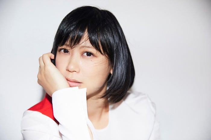 絢香のオリジナルアルバム「30 y/o」(画像提供:avex)