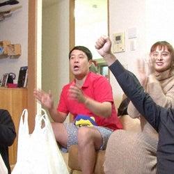 有吉弘行、石田ニコルらがじゅんいちダビッドソン宅で大盛り上がり『有吉ぃぃeeeee!』