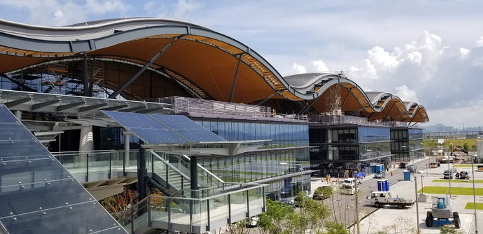 香港ポート 出入境手続きビル外観/画像提供:香港政府観光局