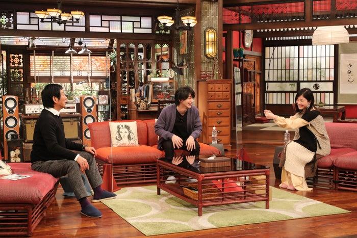 (左から)明石家さんま、横浜流星、吉高由里子(C)カンテレ・フジテレビ