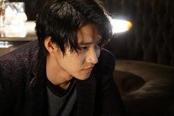 山崎賢人主演「トドメの接吻」2話にして衝撃のラストシーン 黒幕?発覚で視聴者混乱