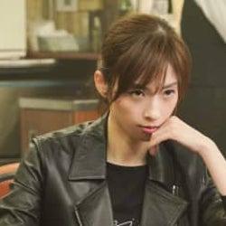 「コントが始まる」明日海りお演じるファミレス店長が目指すは女流麻雀士!?