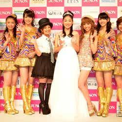 モデルプレス - ℃-ute、圧巻のパフォーマンスに女子熱狂!ちょっぴり大人な浴衣姿もお披露目