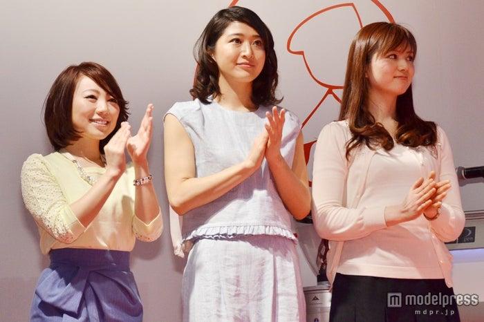 第二回「FOODEX美食女子」グランプリ受賞発表会に出席した美食女子【左から】真鍋摩緒、佐々木依里、松野エリカ
