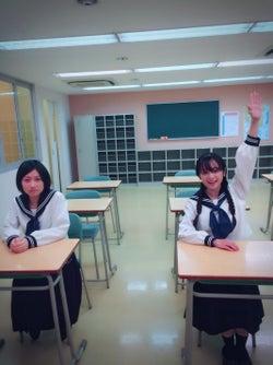 安達祐実(右)(C)テレビ朝日