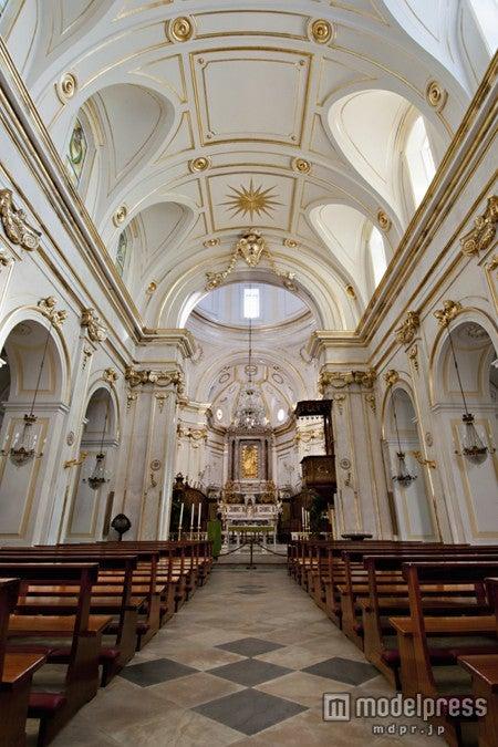 2人が愛を誓った「サンタ・マリア・アッスンタ教会」/写真提供:Getty Images