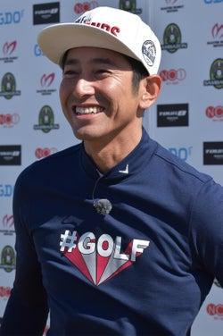 芸能人スピードゴルフ初代チャンピオン決定 イケメンモデルに栄冠