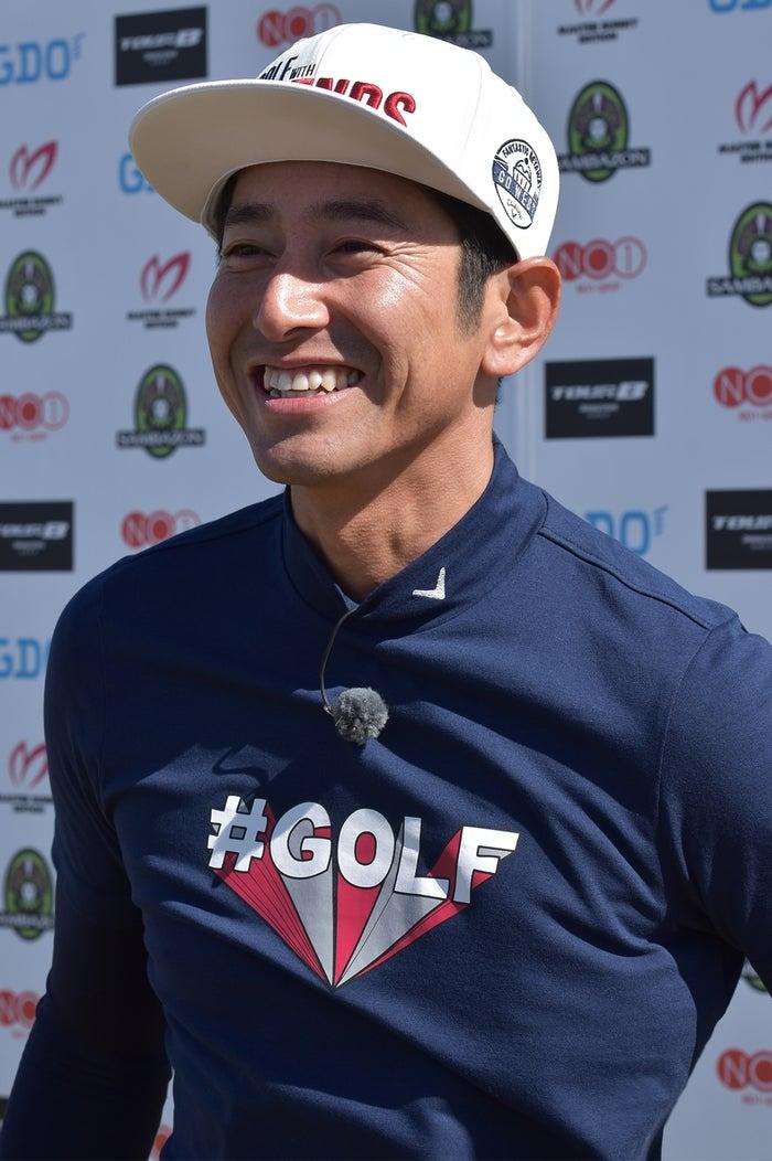 芸能人スピードゴルフ初代チャンピオンの肥野竜也(提供写真)